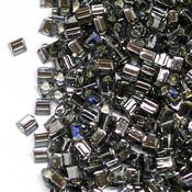 Японский Бисер TOHO Треугольный черный бриллиант с серебряной серединкой (29B)